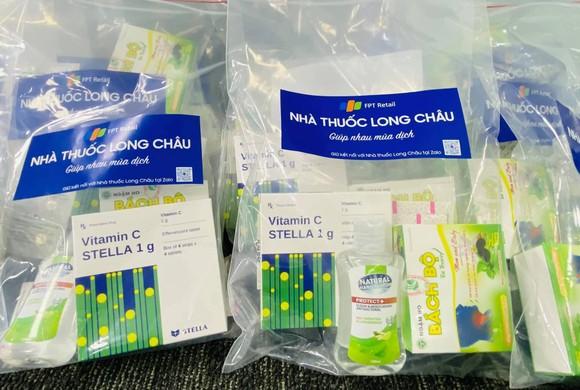 Nhà thuốc FPT Long Châu đồng hành cùng cộng đồng trong đại dịch Covid-19 ảnh 2