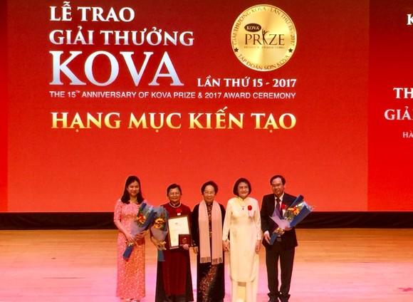 17 tập thể và cá nhân được trao tặng giải thưởng Kova 2017 ảnh 1