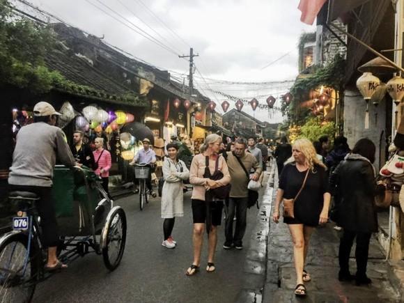 5 tháng đầu năm 2019, khách quốc tế đến Việt Nam giảm nhẹ  ảnh 1
