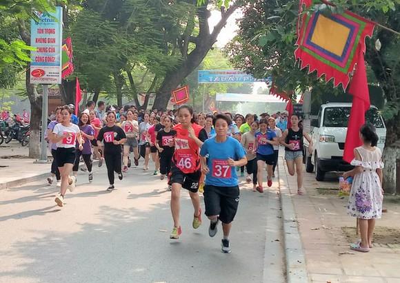 Hơn 160 VĐV tham dự Giải chạy báo Hà Nội mới mở rộng 2019