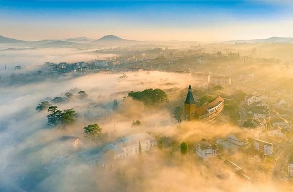 Đẹp tới say lòng với những khung hình trong Khám phá Việt Nam  ảnh 2