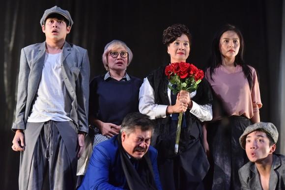"""Đạo diễn Nhật Bản """"đầu quân"""" về Nhà hát Tuổi trẻ ảnh 2"""