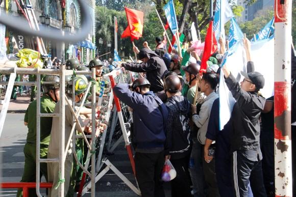 Hơn 4.000 người tham gia diễn tập chống khủng bố ở TPHCM ảnh 12