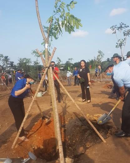 Người dân quận Bình Tân, quận 12 tổng vệ sinh môi trường ảnh 5
