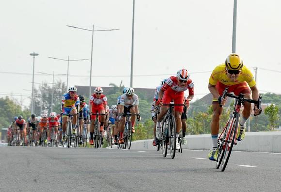 """Giải xe đạp Cúp Truyền hình: Cơ hội cho các đội """"chiếu dưới"""" ảnh 1"""