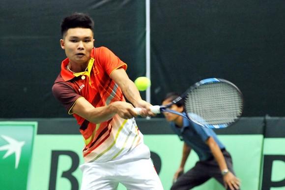 Lý Hoàng Nam lội ngược dòng giúp Việt Nam thắng trận ra quân giải quần vợt Davis Cup ảnh 1