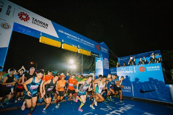 Giải Marathon TPHCM luôn thu hút hàng ngàn người tham gia.