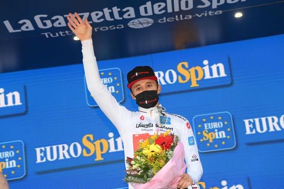 """Joao Almeida """"trắng tay"""", đánh mất Áo hồng sau chặng 18 giải xe đạp Giro d'Italia ảnh 3"""