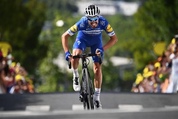 """Tay đua Julian Alaphilippe vẫn là """"Gã vô duyên"""" với Tour de France ảnh 1"""