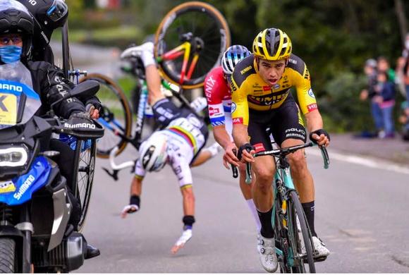 """Tay đua Julian Alaphilippe vẫn là """"Gã vô duyên"""" với Tour de France ảnh 2"""
