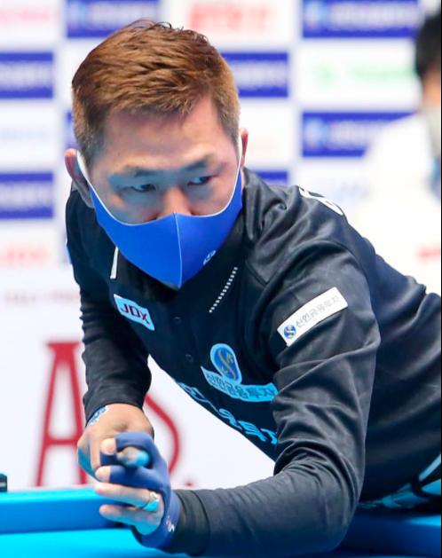 Mã Minh Cẩm thắng giòn giã trong ngày đầu năm mới ở giải Billiards PBA Tour ảnh 1