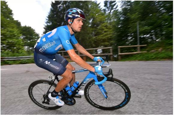 Tay đua xe đạp Prades bị gãy đùi vì… trượt tuyết ảnh 1