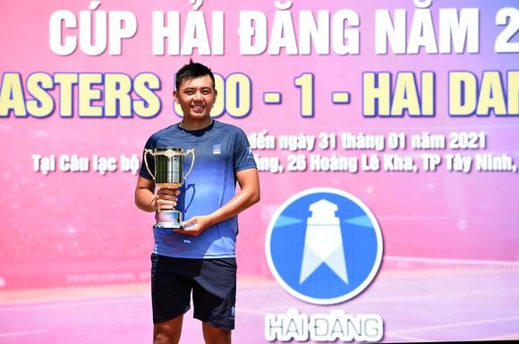 """Lý Hoàng Nam """"đòi nợ"""" thành công lấy lại ngôi vương giải quần vợt VTF Masters 500  ảnh 2"""