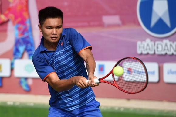 """Lý Hoàng Nam """"đòi nợ"""" thành công lấy lại ngôi vương giải quần vợt VTF Masters 500  ảnh 1"""