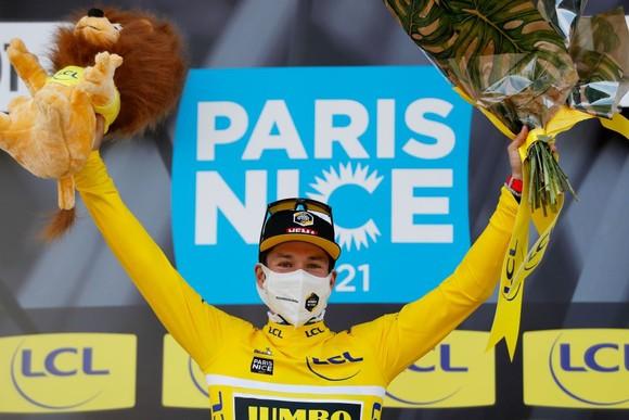 Primoz Roglic thắng chặng 6 củng cố áo vàng và lấy lại áo xanh giải xe đạp Paris – Nice ảnh 2