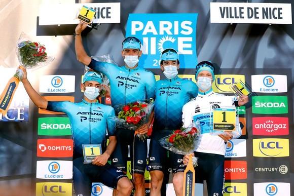 Hai lần bị té ngã, Primoz Roglic đánh mất áo vàng chung cuộc giải xe đạp Paris – Nice ảnh 2