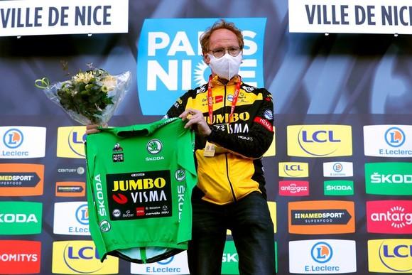 Hai lần bị té ngã, Primoz Roglic đánh mất áo vàng chung cuộc giải xe đạp Paris – Nice ảnh 4