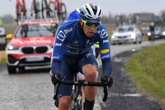Tay đua nước rút lừng danh Mark Cavendish gặp nạn ở Nokere Koerse 2021 ảnh 2