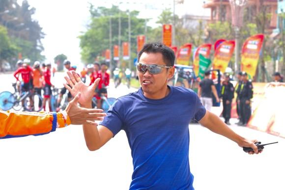 Bike Life Đồng Nai lật đổ TPHCM Vinama ở nội dung đồng đội tính giờ lấy Áo vàng cho Loic ảnh 2