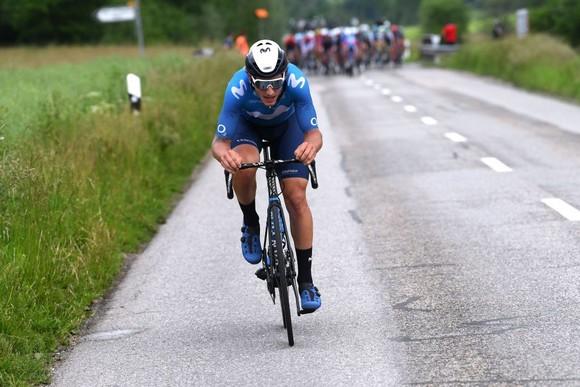 Thắng chặng thứ hai liên tiếp, Mathieu van der Poel dẫn đầu tuyệt đối ở Tour de Suisse ảnh 1