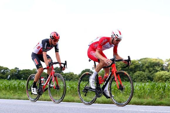 Mark Cavendish có chiến thắng thứ 31 vươn lên mặc Áo xanh Tour de France ảnh 2