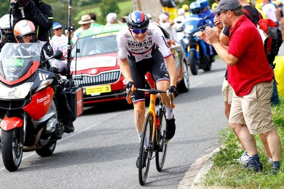 """""""Thần núi"""" Matej Mohoric toả sáng thắng chặng 7 Tour de France ảnh 2"""