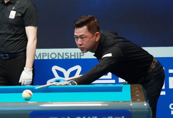 Trần Quyết Chiến và Nguyễn Quốc Nguyện đối đầu nhau ở giải Billiards UMB 3C Grand Prix ảnh 3