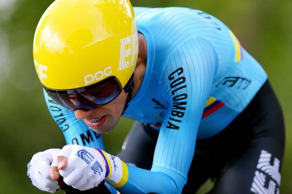 Tuyển xe đạp Colombia lại chao đảo vì Dani Martínez dính COVID-19 ảnh 1