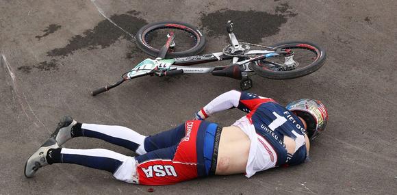 Đương kim vô địch xe đạp BMX bị tai nạn cấp cứu, mất cơ hội bảo vệ danh hiệu ảnh 2