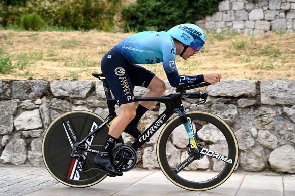 Primoz Roglic xuất thần trong ngày khai mạc giải xe đạp Vuelta a Espana 2021 ảnh 2