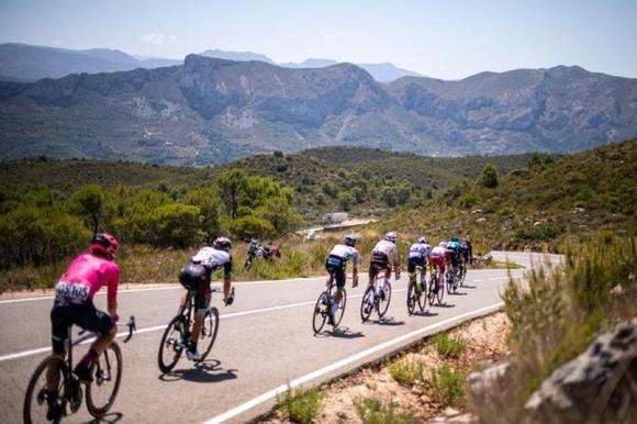 Michael Storer có màn solo ngoạn mục thắng chặng 7 Vuelta a Espana ảnh 1