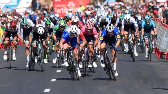 Magnus Cort hoàn tất hat-trick tại giải xe đạp Vuelta a Espana ảnh 5