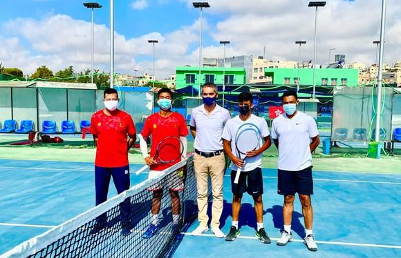 Lý Hoàng Nam giúp đội tuyển Việt Nam vào tranh suất thăng hạng giải quần vợt Davis Cup ảnh 1