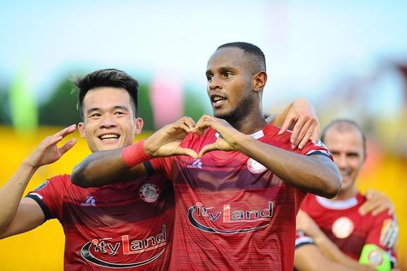 Điểm binh vòng 6 V-League 2019 (Ngày 19, 20-4): Đối đầu giữa các HLV Hàn Quốc trên sân Thống Nhất ảnh 3
