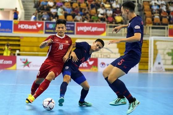 Futsal Việt Nam tái ngô cùng Thái Lan ở trận tranh chung kết vào ngày 15-12. Ảnh: Anh Trần