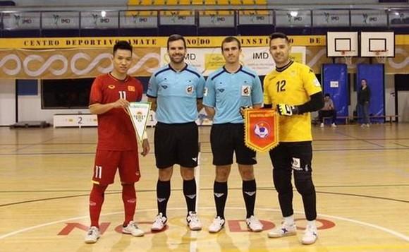 ĐT futsal Việt Nam sẽ gặp các CLB Malaga và Real Betis ảnh 1