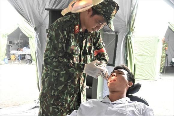 Việt Nam – Campuchia diễn tập cứu hộ, cứu nạn khu vực biên giới đất liền   ảnh 15