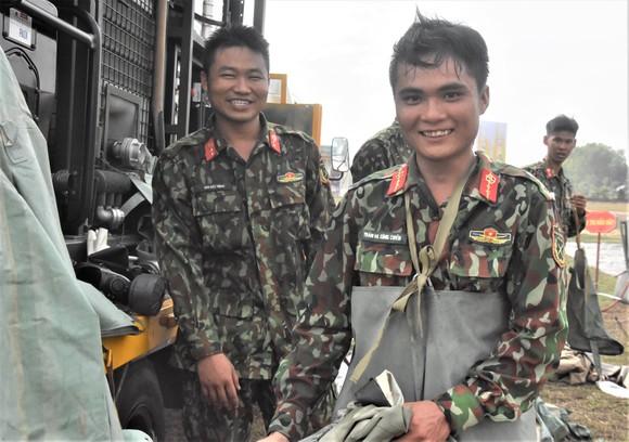 Việt Nam – Campuchia diễn tập cứu hộ, cứu nạn khu vực biên giới đất liền   ảnh 17