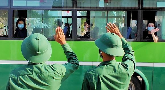 Quân khu 7 sẵn sàng tiếp nhận người về từ vùng dịch trong giai đoạn 3 ảnh 3