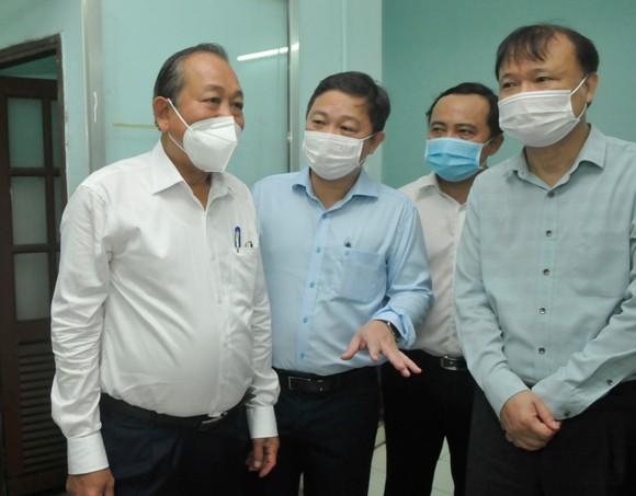 """Phó Thủ tướng Thường trực Trương Hoà Bình: """"Tuyệt đối không để lây nhiễm trong khu cách ly"""" ảnh 3"""