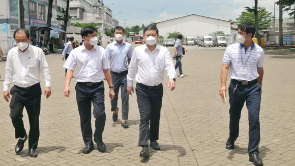 Phó Chủ tịch UBND TPHCM Dương Anh Đức kiểm tra phòng, chống dịch tại Công ty Pouyuen: 'Truy vết triệt để' ảnh 1