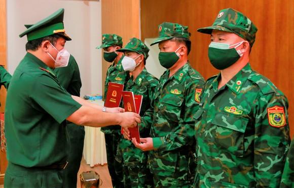 Bộ đội Biên phòng TPHCM tiếp nhận 34 bộ đội quân y hỗ trợ phòng chống dịch ảnh 1