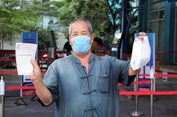 'Bệnh viện xanh' đầu tiên của TPHCM đón bệnh nhân trở lại ảnh 10