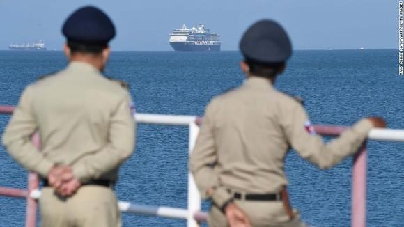 Thêm 79 hành khách trên Diamond Princess nhiễm Covid-19 ảnh 2