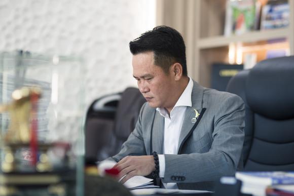 Hội Doanh nhân trẻ Việt Nam ủng hộ 5 tỷ đồng mua 10.000 bộ kit phát hiện virus SARS-CoV-2 ảnh 2