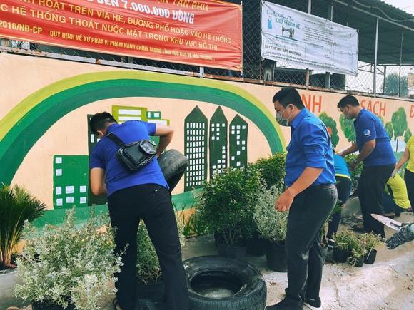 Chung tay xây dựng TPHCM là đô thị xanh, thân thiện với môi trường ảnh 4