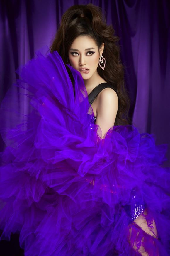 Hoa hậu Khánh Vân hoá thân thành Drag Queen cùng diễn viên BB Trần, Hải Triều ảnh 7