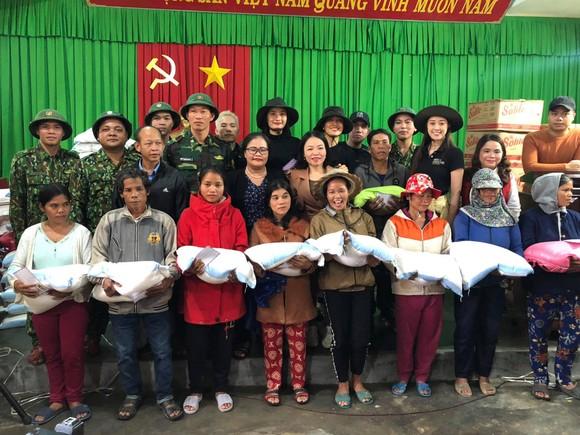 Hoa hậu Hoàn vũ Việt Nam trao yêu thương với những hoạt động hỗ trợ cộng đồng ảnh 1