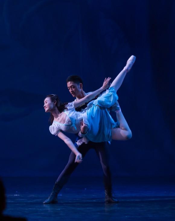 Vở vũ kịch 'Kẹp hạt dẻ' trở lại với khán giả vào mùa Giáng sinh  ảnh 4