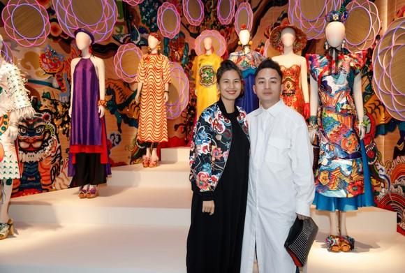 Nhiều nghệ sĩ xuất hiện tại triển lãm Mộng bình thường của Thủy Nguyễn ảnh 7